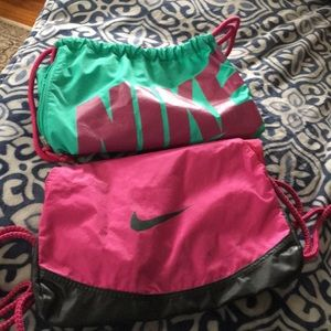 Bundle of two sport bags